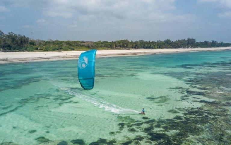 Kitesurfing in Diani Beach, Kenya - photo by Quest Kiteboarding // Kiterr.com